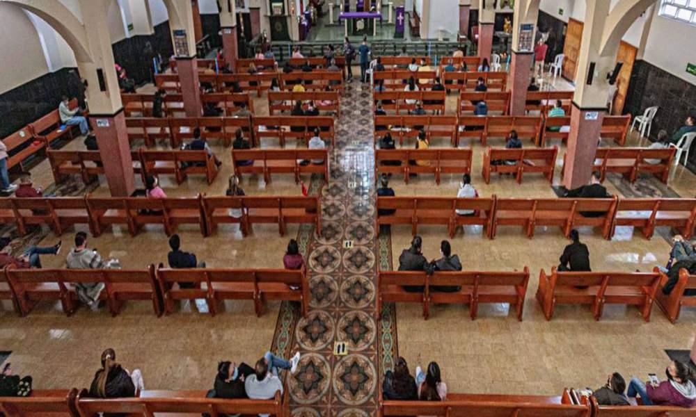 Colombia: Congreso propone que iglesias paguen impuestos a la renta