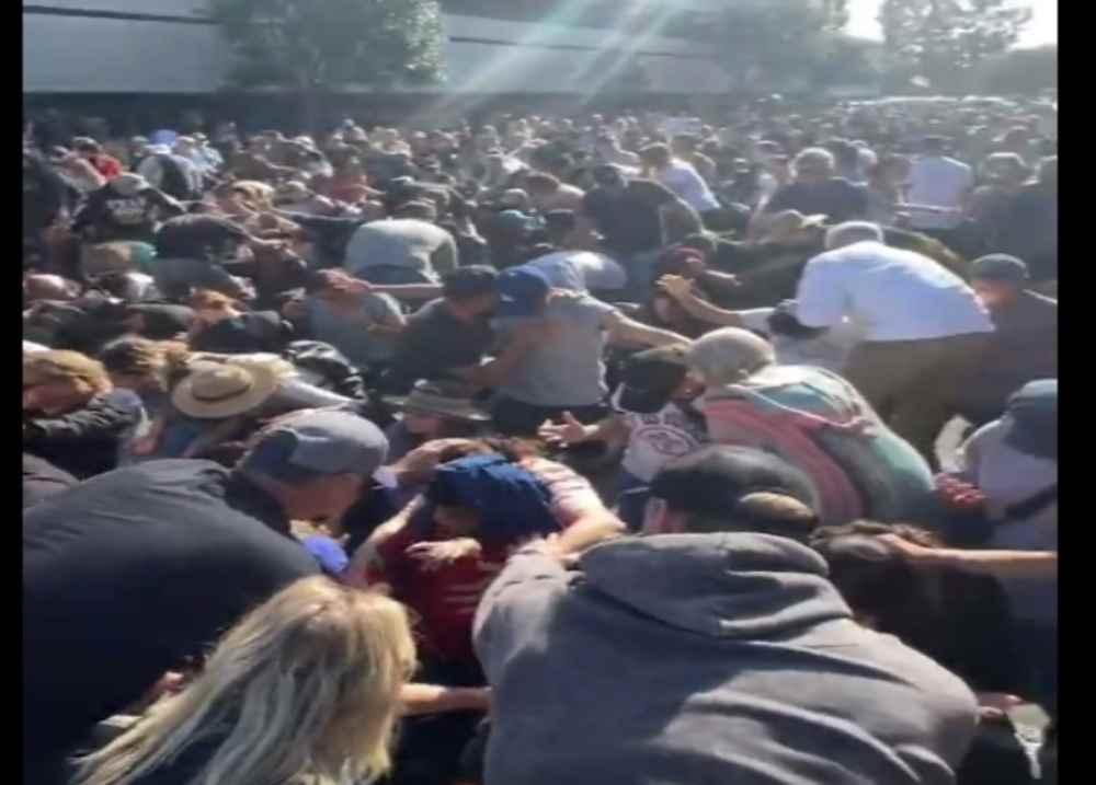 EEUU: cientos se rindieron a Cristo en avivamiento de Feucht