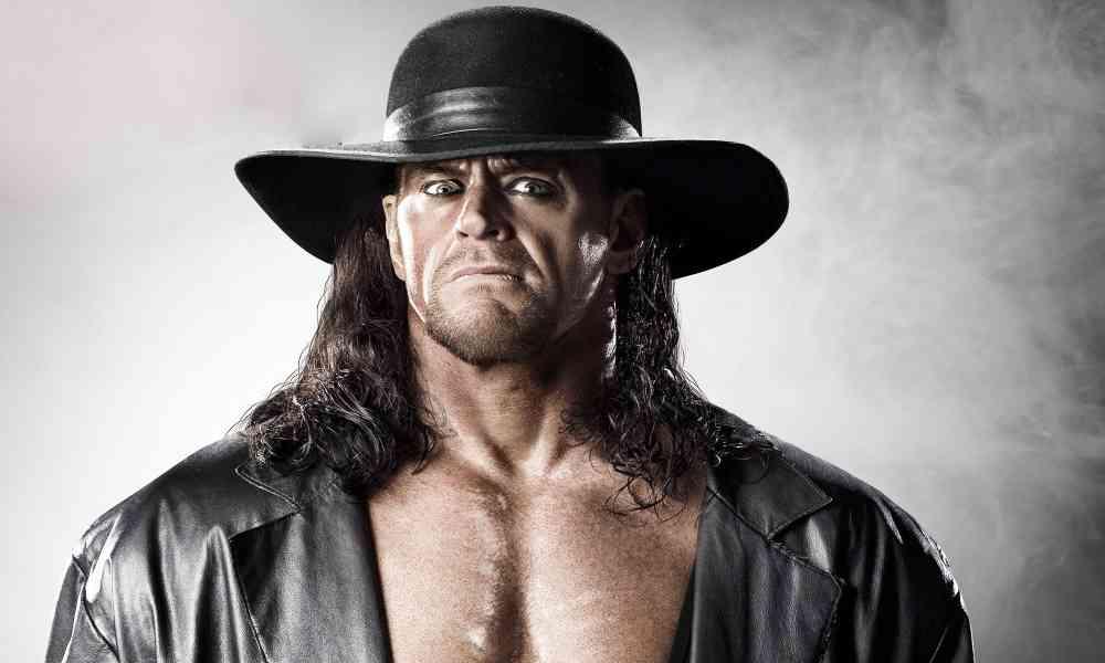 Estrella de la WWE 'The Undertaker' se convierte a Cristo