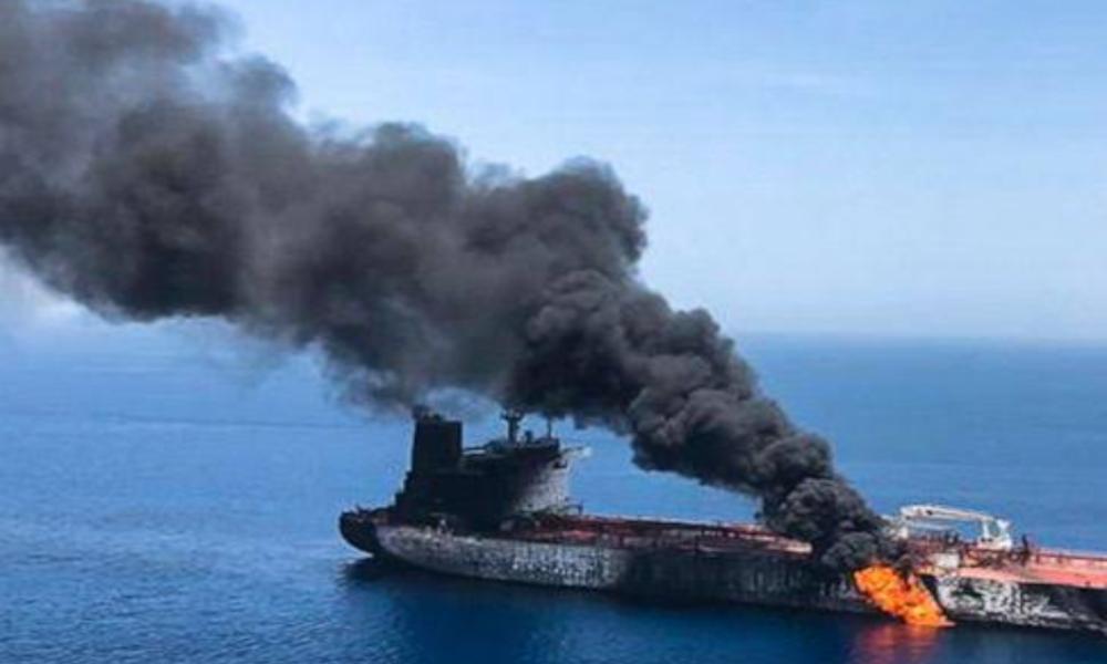 Israel ataca a barco espía que navegaba en el Mar Rojo