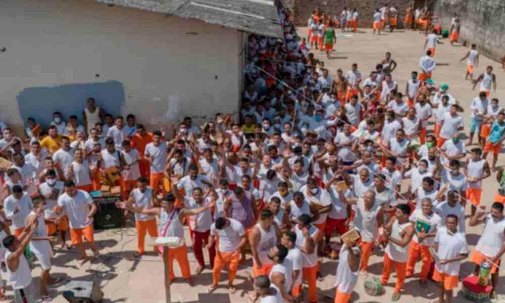 Más de 2500 drogadictos abandonan la delincuencia y se rinden a Cristo