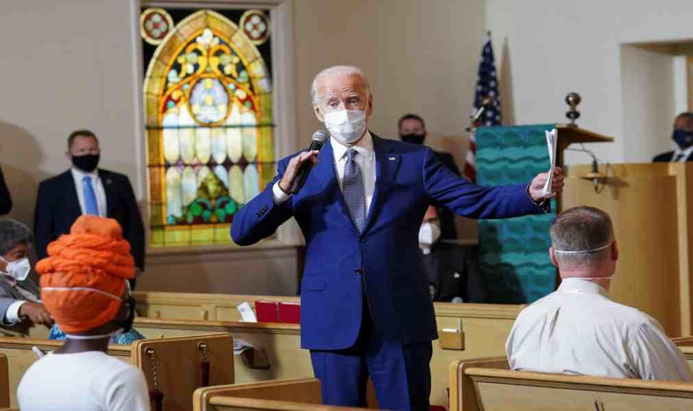 Obispos pueden exigir que Biden y otros políticos proaborto no tomen Eucaristía