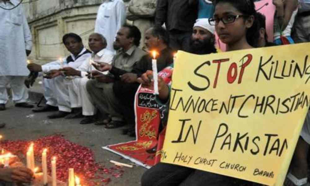 Pakistán: policía tortura a cristiano para que confiese  falsamente de blasfemar