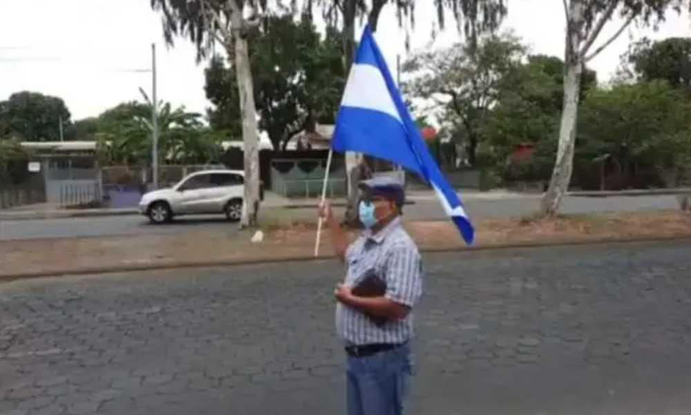 Pastor protesta contra la dictadura nicaragüense y hace un llamado a salir a la calle