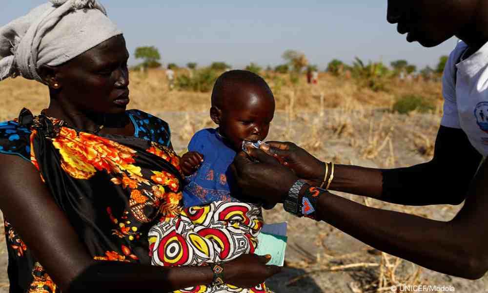 Sudán del Sur: cristianos llevan alimento a personas con desnutrición
