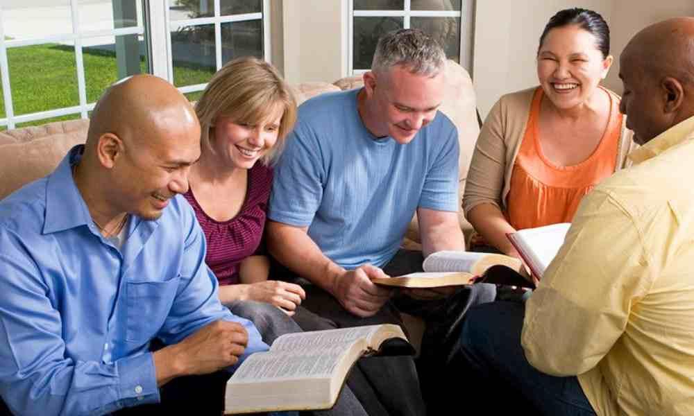 En 2020 aumentó por millones el número de estadounidenses que leyó la Biblia