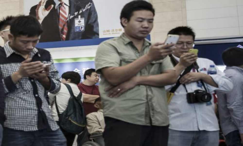 China elimina sitios cristianos y bloquea las búsquedas «Biblia y Evangelio»