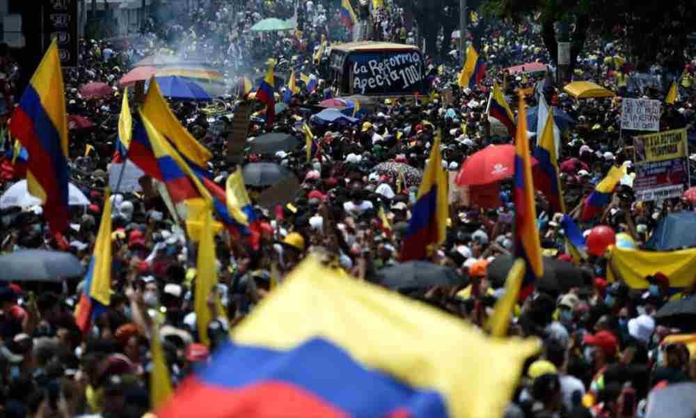 Crisis en Colombia es relacionada con supuesta profecía de hace 4 años