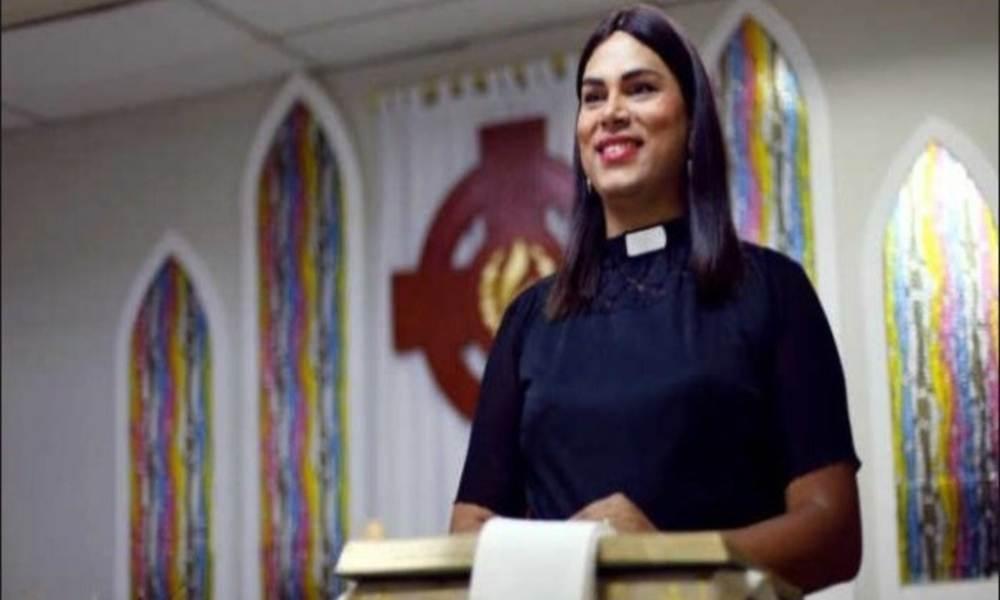 """""""Dios puede ser trans, gay o lesbiana"""": pastora transexual justifica su condición sexual"""