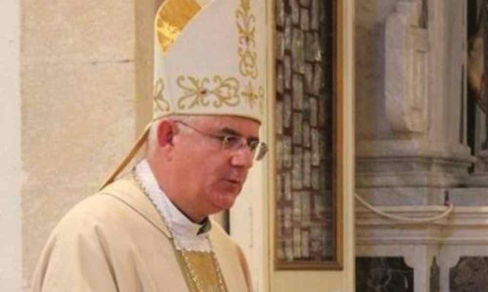 Arzobispo le pide perdón a la comunidad LGBT a través de Facebook