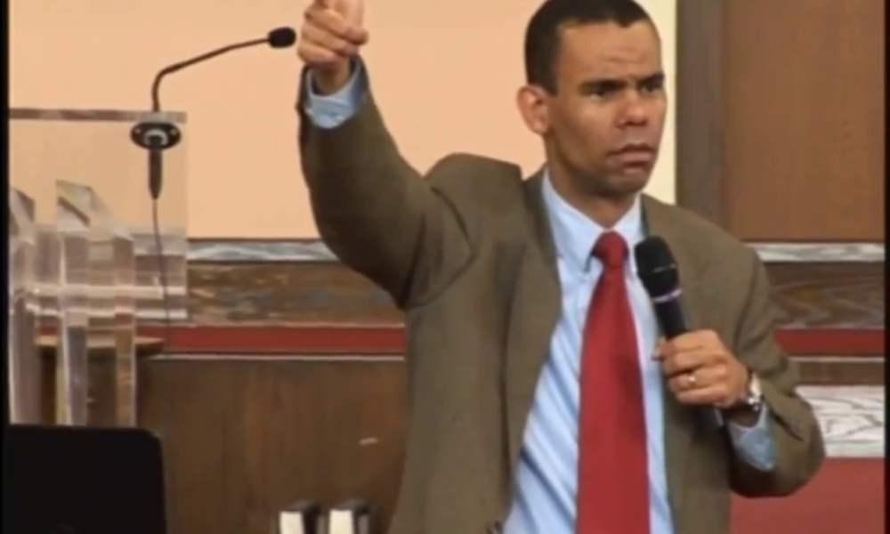 """Teólogo: """"Pandemia crucial para el regreso de Jesús, avanzamos hacia un solo gobierno»"""