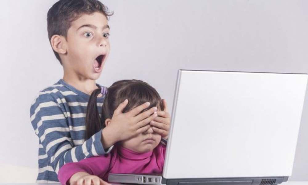 1 de cada 10 niños ve pornografía todos los días, según encuesta