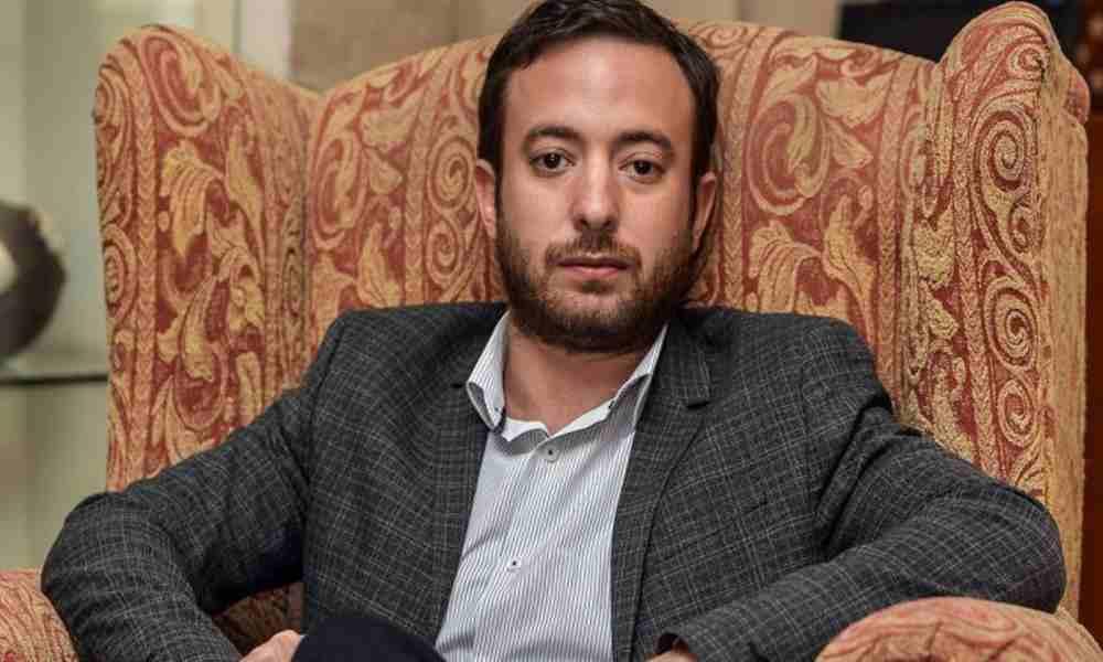 """Agustín Laje alerta: """"La iglesia obstaculiza los planes de un nuevo orden mundial"""""""