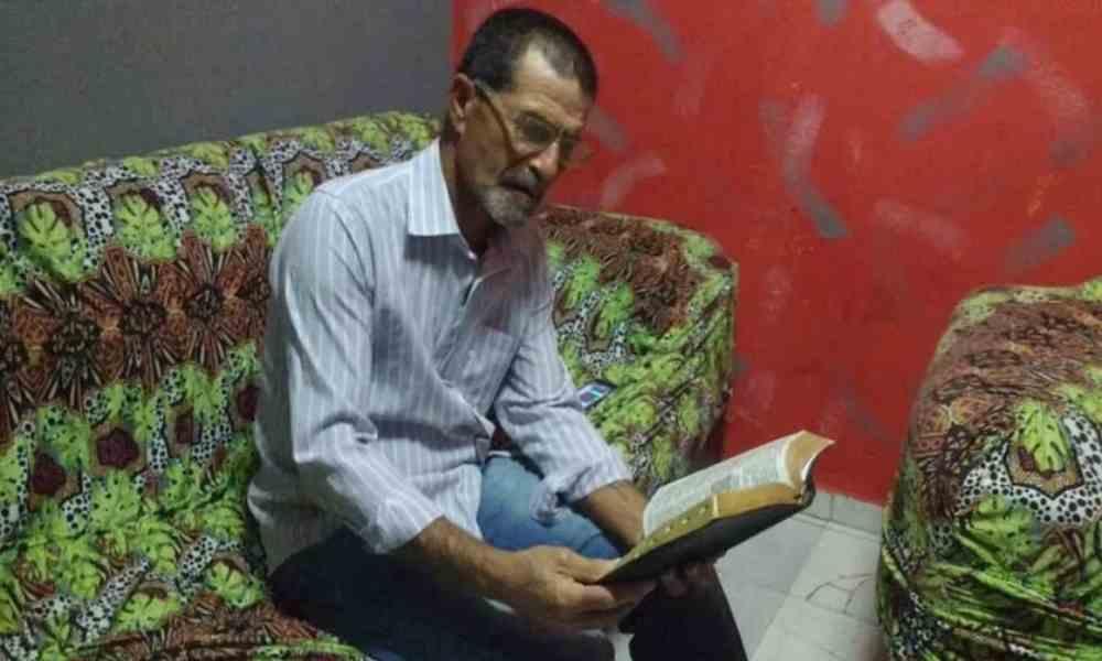Hombre regresa a los caminos del Señor luego de 42 años