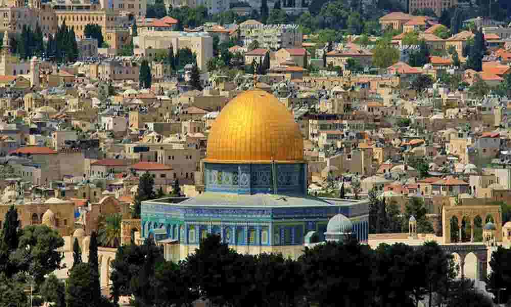 Más de 170 estudiantes se unen en una oración ecuménica en Jerusalén