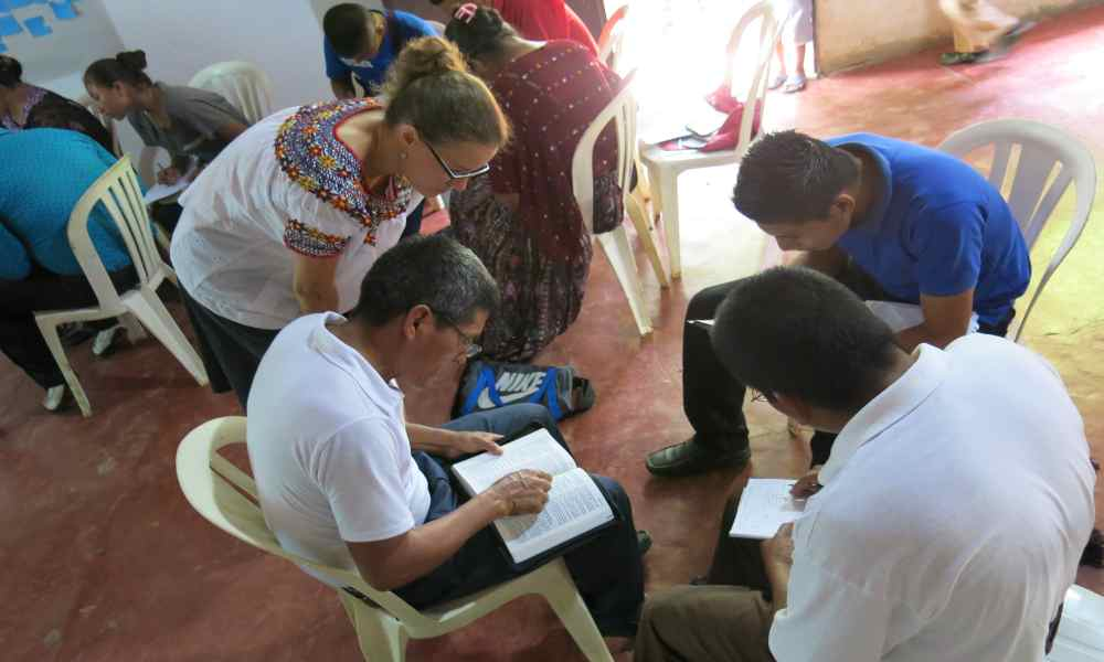 México: denuncian a profesor por incluir el estudio de la Biblia en clases