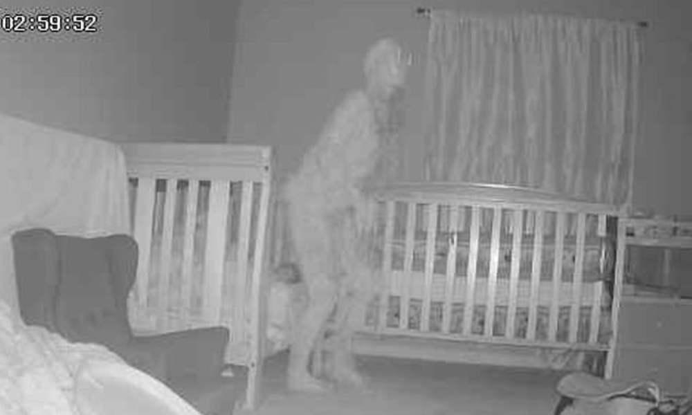 Pastor alerta a padres tras capturarse con cámara una figura diabólica
