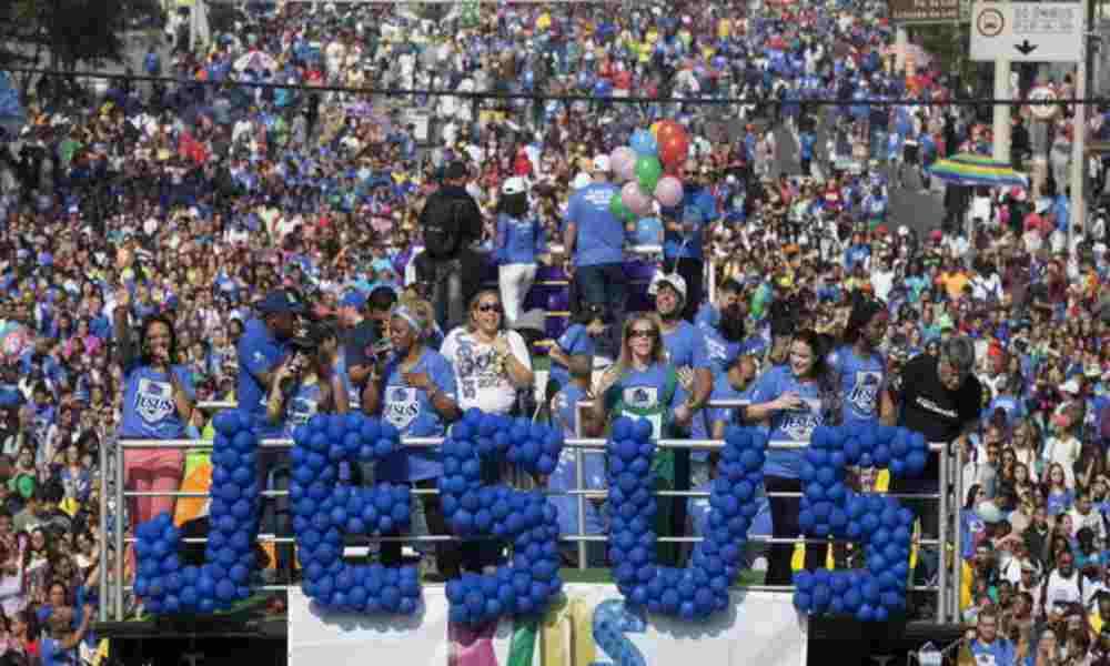 Pastores de Brasil organizan caravana para pedir a Dios por la vida y la familia