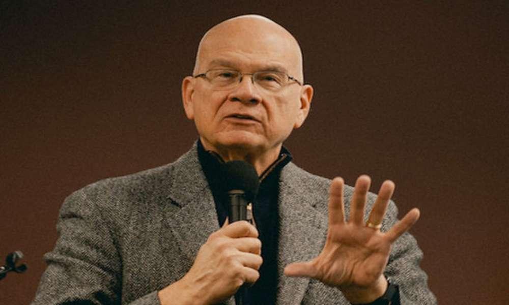 Predicador Tim Keller asegura que gracias a las oraciones su cáncer no ha crecido