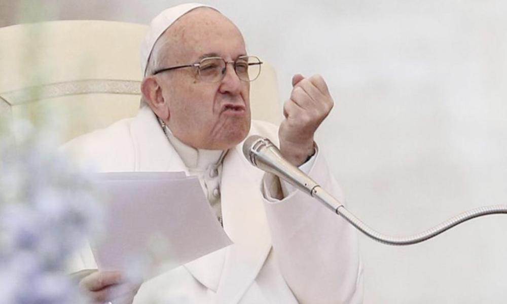 Vaticano se opone a propuesta de ley que castigará la discriminación gay