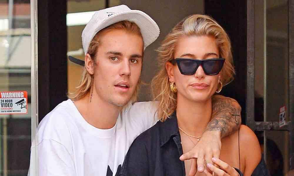 Esposa de Justin Bieber llama hipócritas a los cristianos en redes
