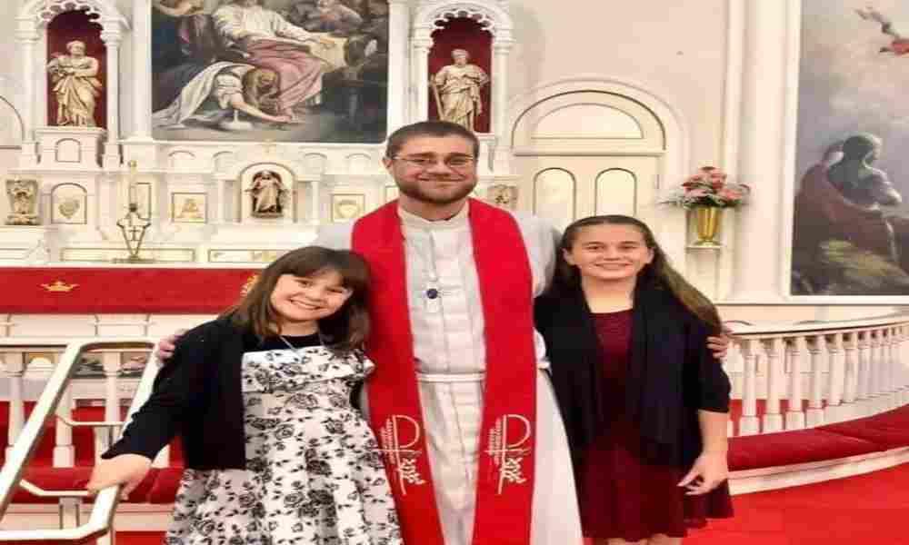 Tristeza tras la muerte de pastor y su hija de 10 años en un accidente