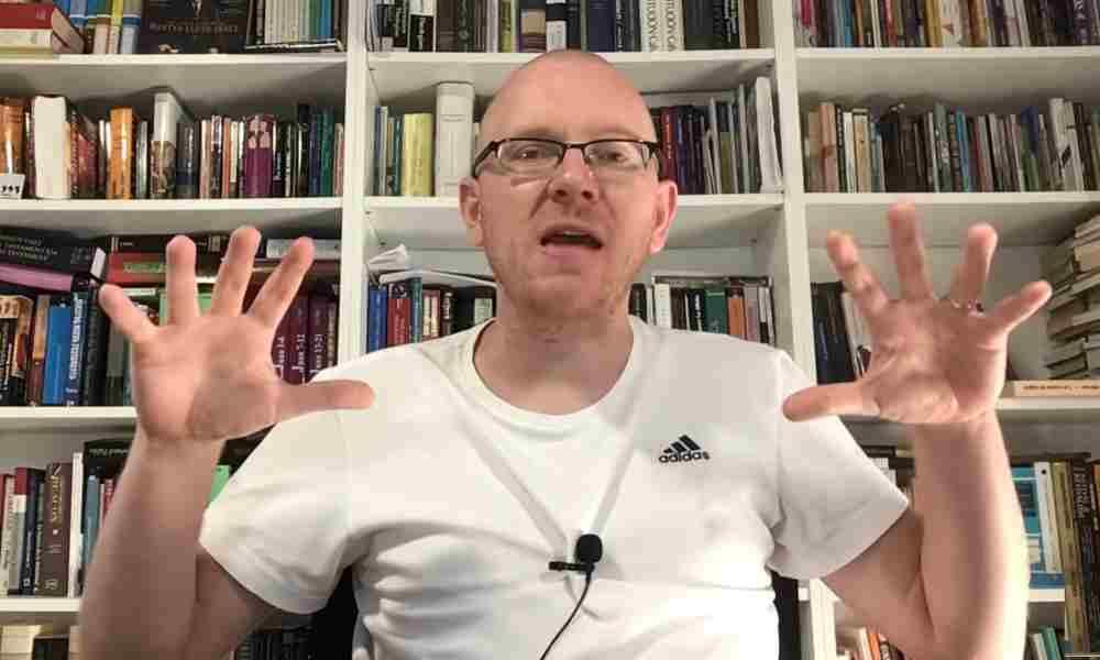 Will Graham y otros pastores llamados hijos del diablo por no creer en pastoras
