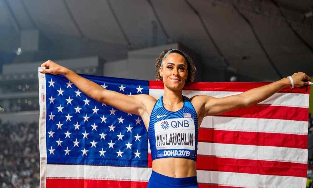 Atleta cristiana rompe récord mundial y le da la gloria a Dios