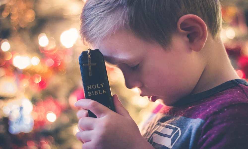 Chile lanza una Biblia para niños y personas discapacitadas
