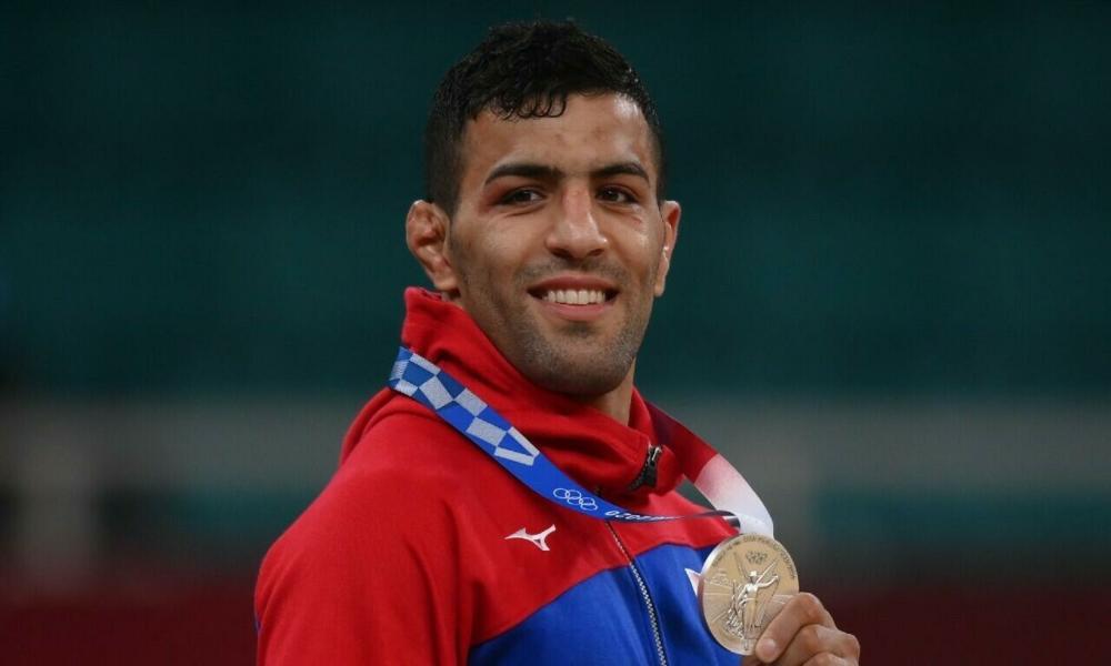 Desertor iraní gana una medalla olímpica y la dedica a Israel