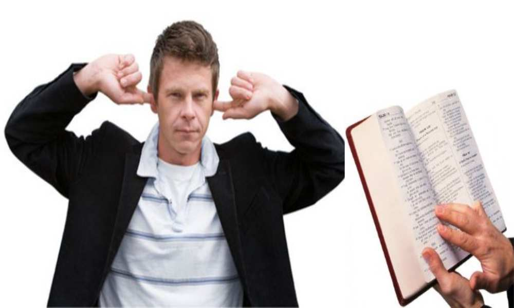 Disminuyen los estadounidenses sin afiliación religiosa