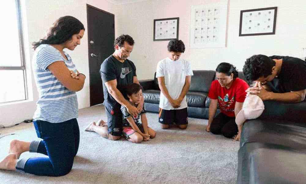 Oraciones para evitar seis tipos de conflictos y amar a nuestro prójimo