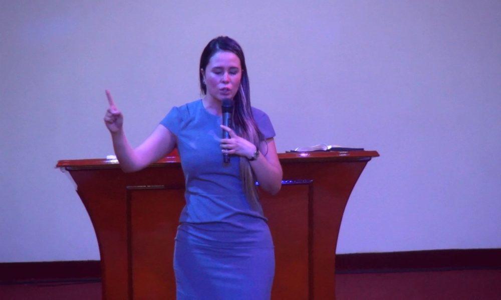 Pastora asegura que quienes no diezman no creen en Dios