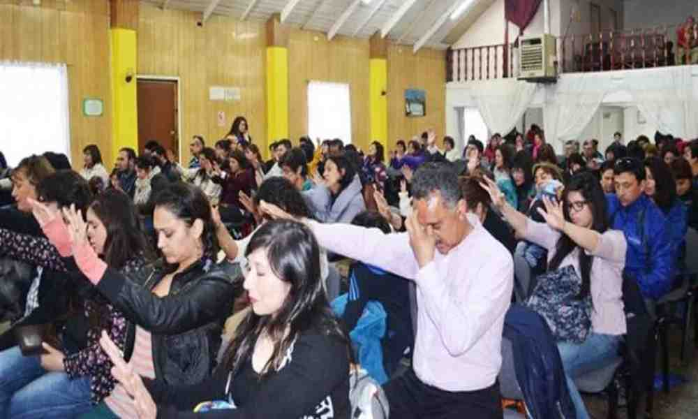 Policía de Brasil detiene un culto por la aglomeración de fieles