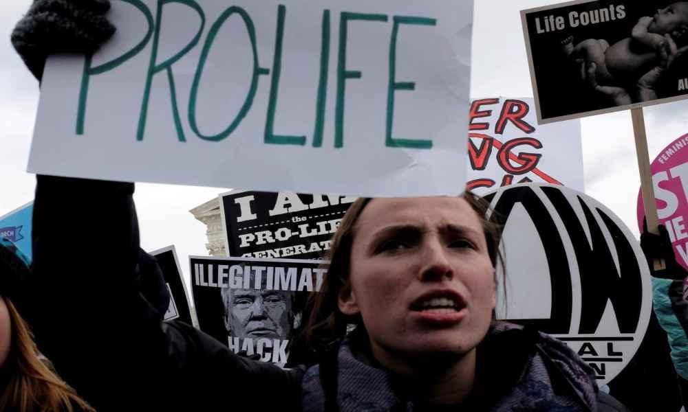 Reino Unido rechaza una enmienda para abortar sin restricciones