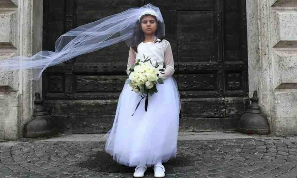 Gobernador de Nueva York firma ley que prohíbe el matrimonio infantil