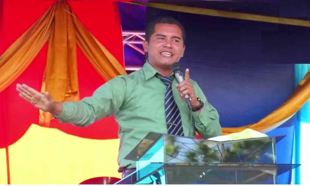 Pastor: 'Los grupos de alabanza ahora solo cantan por dinero'