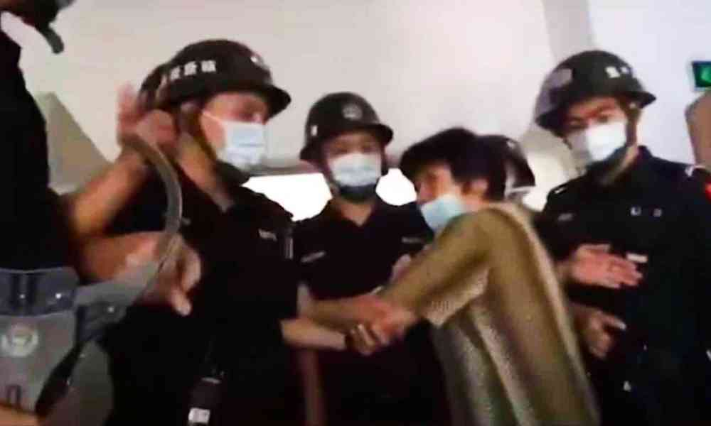 Gobierno de China paga para que denuncien a vecinos cristianos