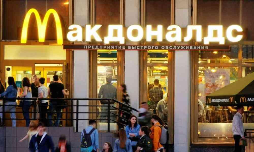 Mujer cristiana demanda a McDonald's por tentarla a romper la Cuaresma