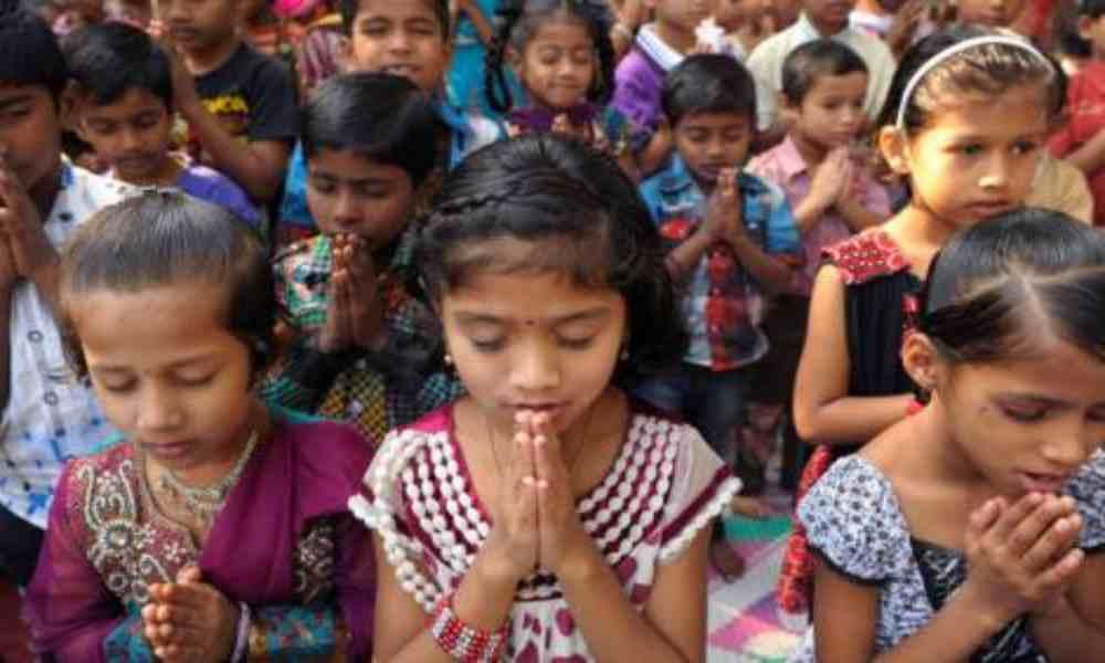 Ordenan vigilar a los cristianos en India para evitar la conversión religiosa