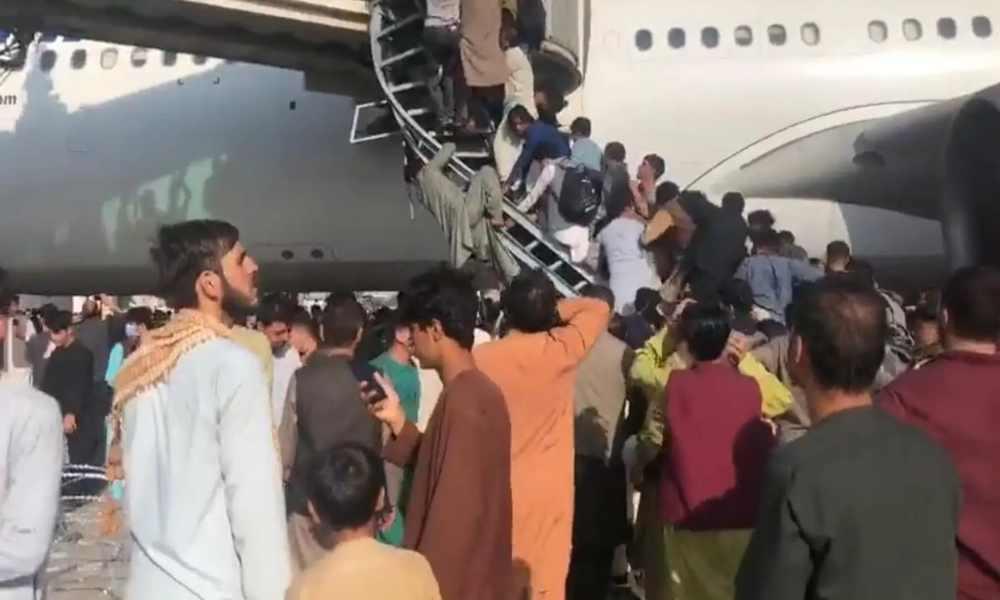 Organizaciones cristianas ayudan a evacuar personas de Afganistán