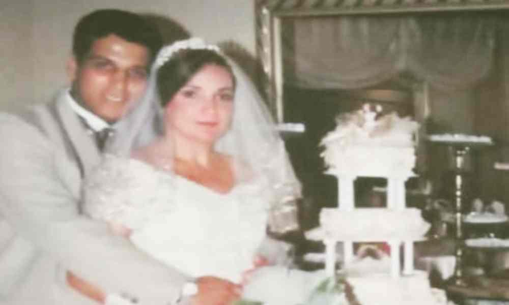 Pastor se casa por segunda vez con su esposa pero en una iglesia católica