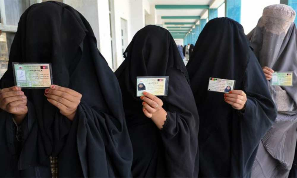 Carta revela que los talibanes forzarían a mujeres a casarse con ellos