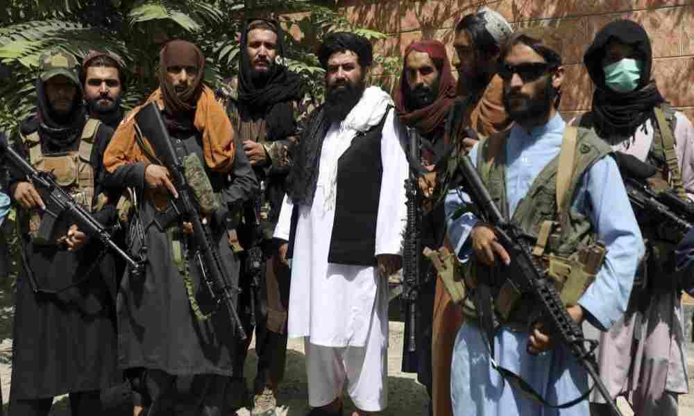Afganistán: Cristianos  temen que talibanes se lleven a sus hijos
