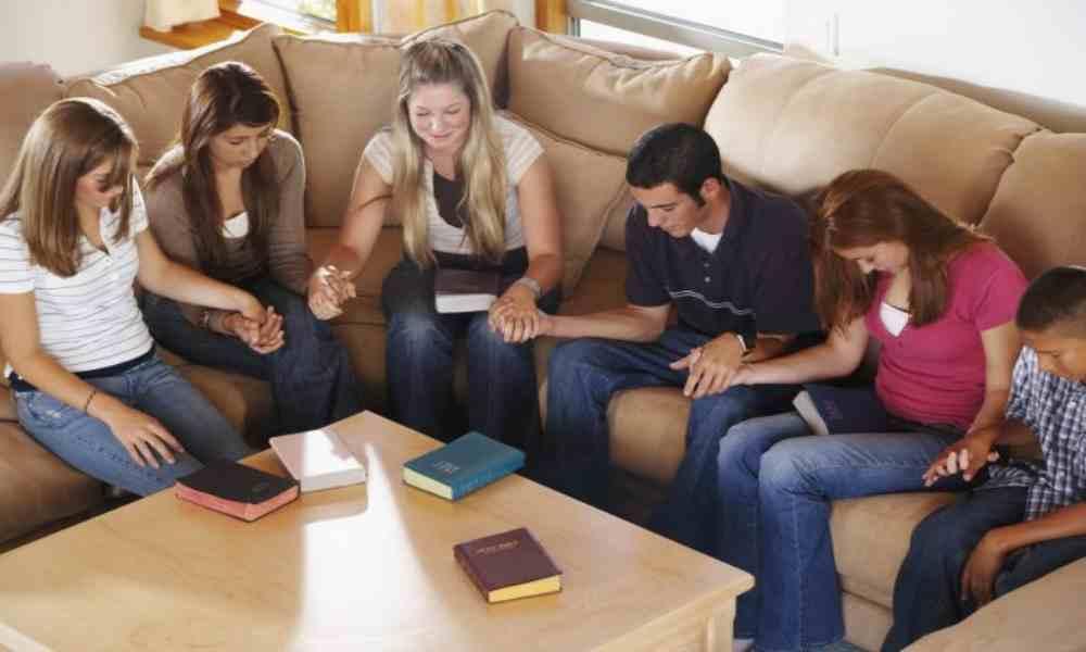 Encuesta: «Solo 9% de los jóvenes están comprometidos con la Biblia»