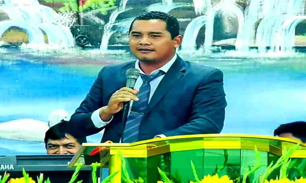 Iglesia expulsa al pastor Carlos Rivas por sus polémicas prédicas