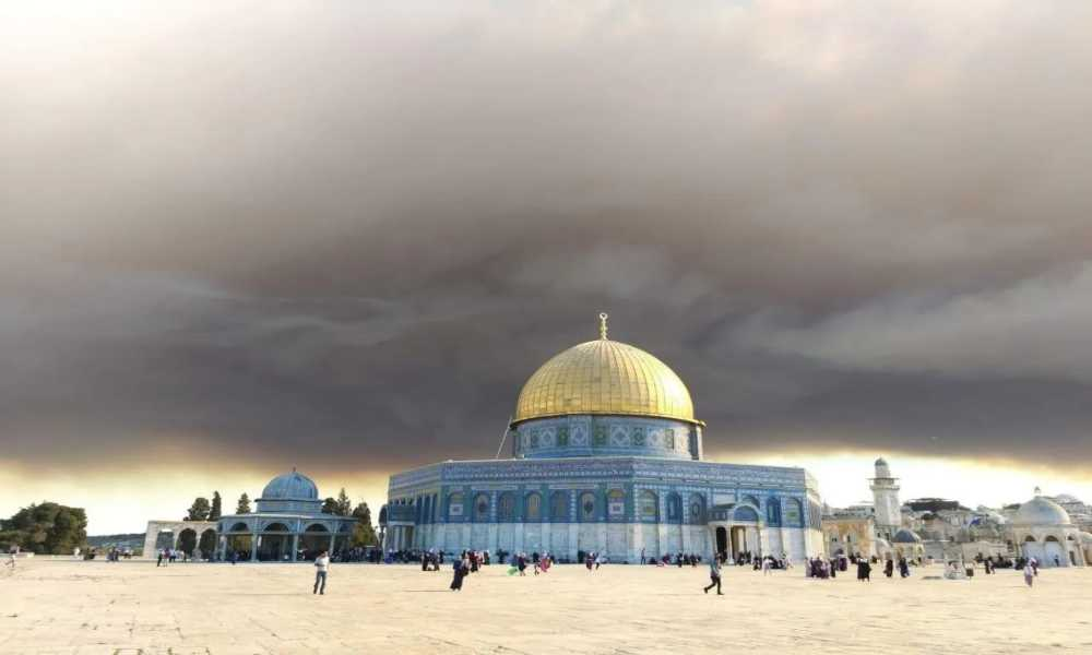 Jerusalén: Nube de humo «apocalíptica» cubre el Monte del Templo