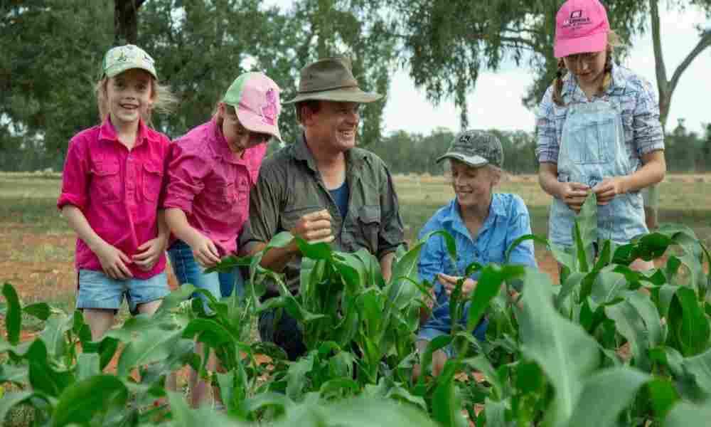 'Sembramos con fe', dice agricultor cristiano tras cosecha sobrenatural durante sequía