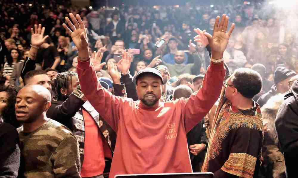 Álbum de Kanye West con temática góspel es número 1