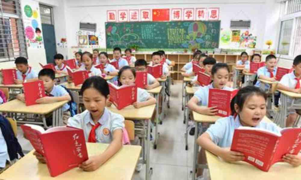 Detienen a estudiantes y al personal de una escuela cristiana en China